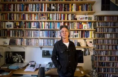 Σε ένα σπίτι στην Ύδρα ονειρεύεται να ζήσει ο Αυστραλιανός συγγραφέας και παραγωγός Brian Nankervis