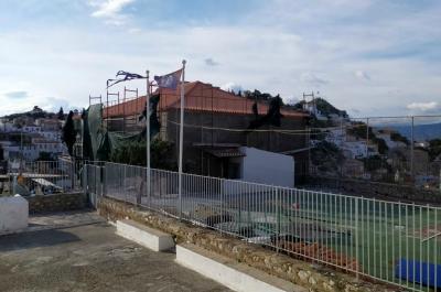 Ξεκίνησαν και πάλι οι επισκευαστικές εργασίες στο Α' Δημοτικό Σχολείο της Ύδρας