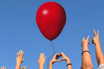 """Η Θεατρική Ομάδα της ΚΕΔΥ και φίλοι παρουσιάζουν τα """"ΣΤΗΡΙΓΜΑΤΑ"""" στο HYDRAMA THEATRE"""