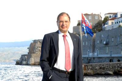 """Αναστόπουλος προς Αντιπεριφερειάρχη Νήσων Μπόγρη: """"Υπάρχει κίνδυνος μόλυνσης της θάλασσας από τα σκουπίδια!"""""""