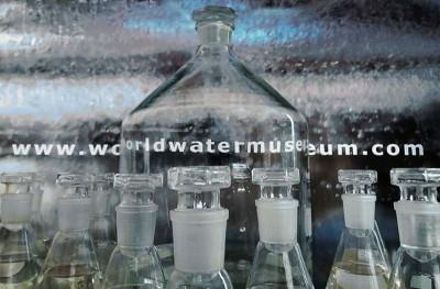 Εγκατάσταση του World Water Museum της Καίτης Χαλιορή στο Διαδραστικό Ευρωπαϊκό Σχολείο