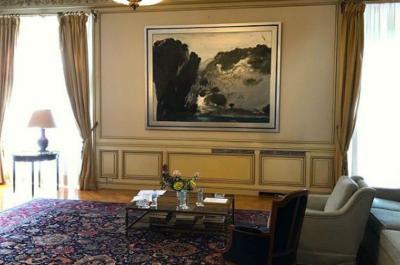 Πίνακας του Παναγιώτη Τέτση κοσμεί από σήμερα το Μέγαρο Μαξίμου