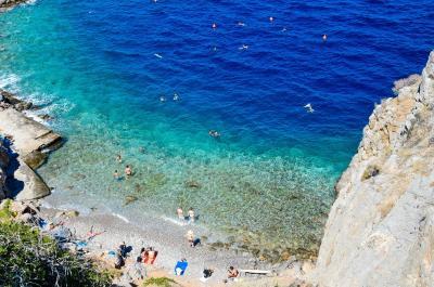 The Telegraph : Ιδανικός προορισμός για οικογένειες η Ελλάδα και φυσικά η Ύδρα