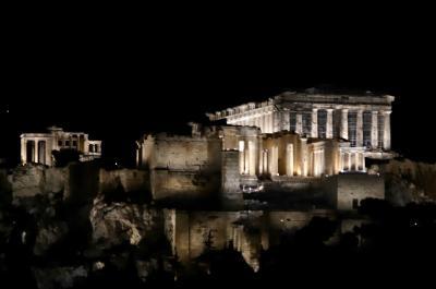 Στη μοναδική τελετή για την παρουσίαση του νέου φωτισμού της Ακρόπολης, ο Περιφερειάρχης Αττικής Γ. Πατούλης
