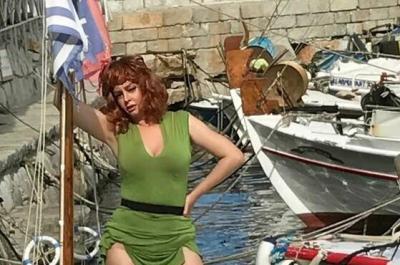 Η χολυγουντιανή ηθοποιός Δέσποινα Μοίρου ως Σοφία Λόρεν σε υπερπαραγωγή με γυρίσματα στην Ύδρα