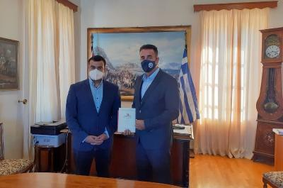Εθιμοτυπική συνάντηση  του Δημάρχου Ύδρας Γ. Κουκουδάκη με τον Δήμαρχο Ναυπλίου Δ. Κωστούρο