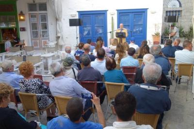 """Μανόλης Τσακίρης στην κεντρική του ομιλία: """"Μάχη για τα προβλήματα του νησιού"""""""