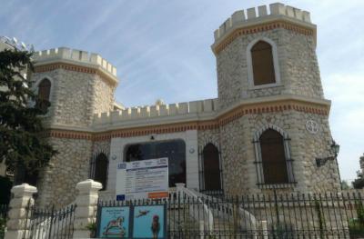 Ο μπαρόκ πύργος του Αθανάσιου Κουλούρα έγινε μουσείο παιχνιδιών
