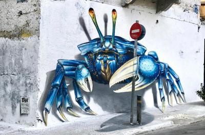 """Eντυπωσιακό έργο τέχνης """"σκαρφάλωσε"""" σε τοίχο στην περιοχή του Μεταξουργείου"""