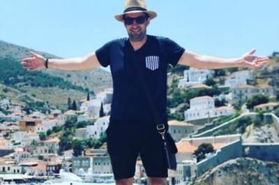 Όμορφες στιγμές στην Ύδρα για τον διάσημο Σεφ Νίκο Κουλούσια
