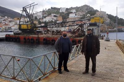 Ξεκινάει η δεύτερη φάση του έργου της επισκευής στο λιμάνι της Ύδρας