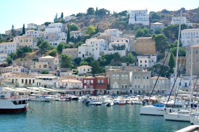 Πρόγραμμα CLLD/ LEADER: Τοπική στρατηγική Νησιών Αττικής και δημόσια έργα υποδομών