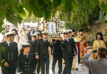 Με λαμπρότητα γιόρτασε η Ύδρα τη μνήμη του Πολιούχου της Αγίου Κωνσταντίνου