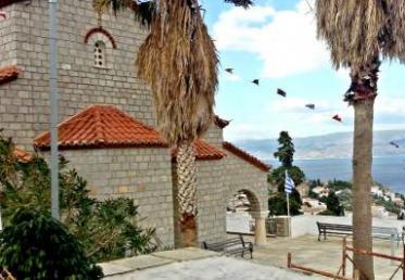Αυτοκίνητο εκμίσθωσε ο Δήμος Ύδρας για τη μετακίνηση των προσκυνητών στο Ναό του Αγίου Κωνσταντίνου