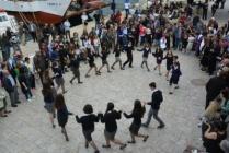 Παραδοσιακοί χοροί για την 25η Μαρτίου από το χορευτικό τμήμα του ΥΝΟ