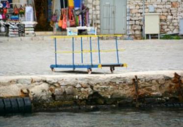 Δένουν την Πέμπτη τα πλοία στα λιμάνια λόγω της 24ωρης απεργίας της ΠΝΟ